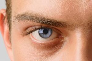 Mens Eyelash tinting